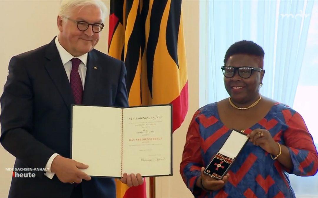 Bundesverdienstkreuz für J. L. Gombe -2018 | Video